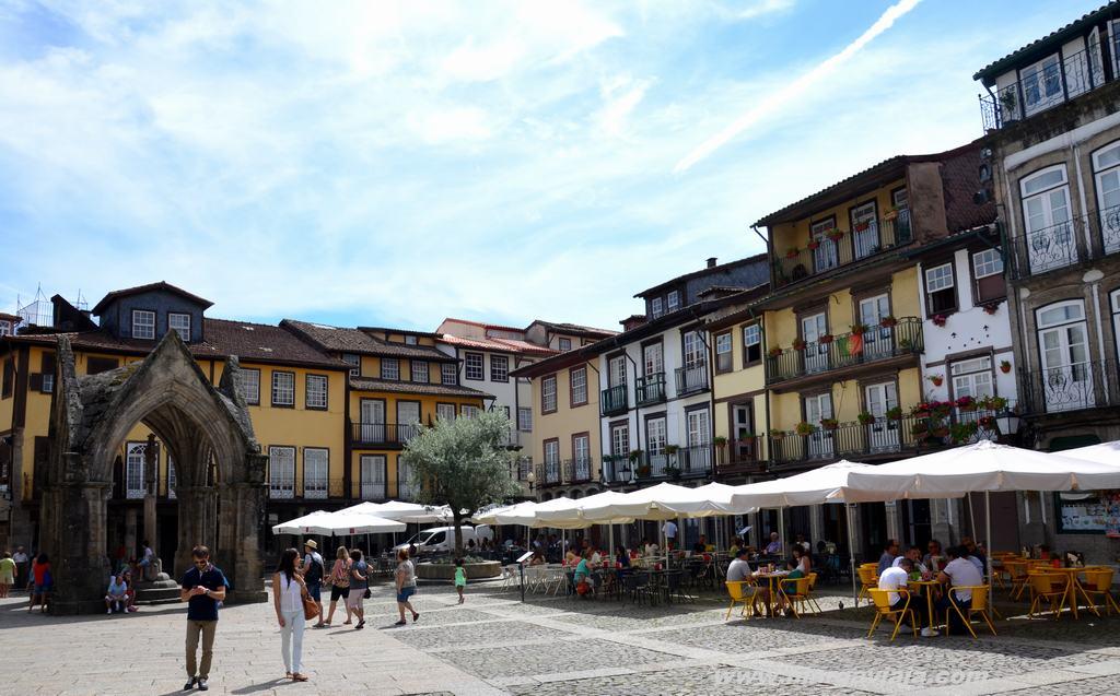 La Plaza de Oliveira