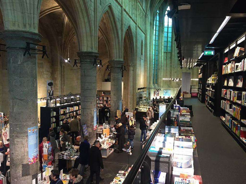 iglesia biblioteca Maastricht